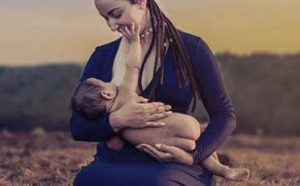breastfeeding newborn